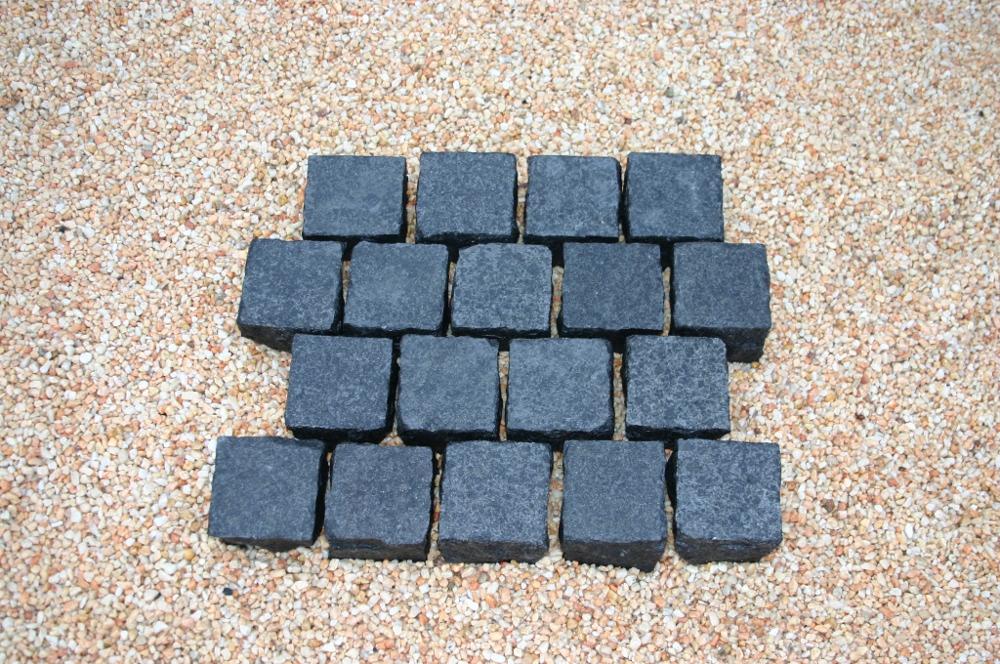 black beauty gabbro pflaster produkt cremer. Black Bedroom Furniture Sets. Home Design Ideas