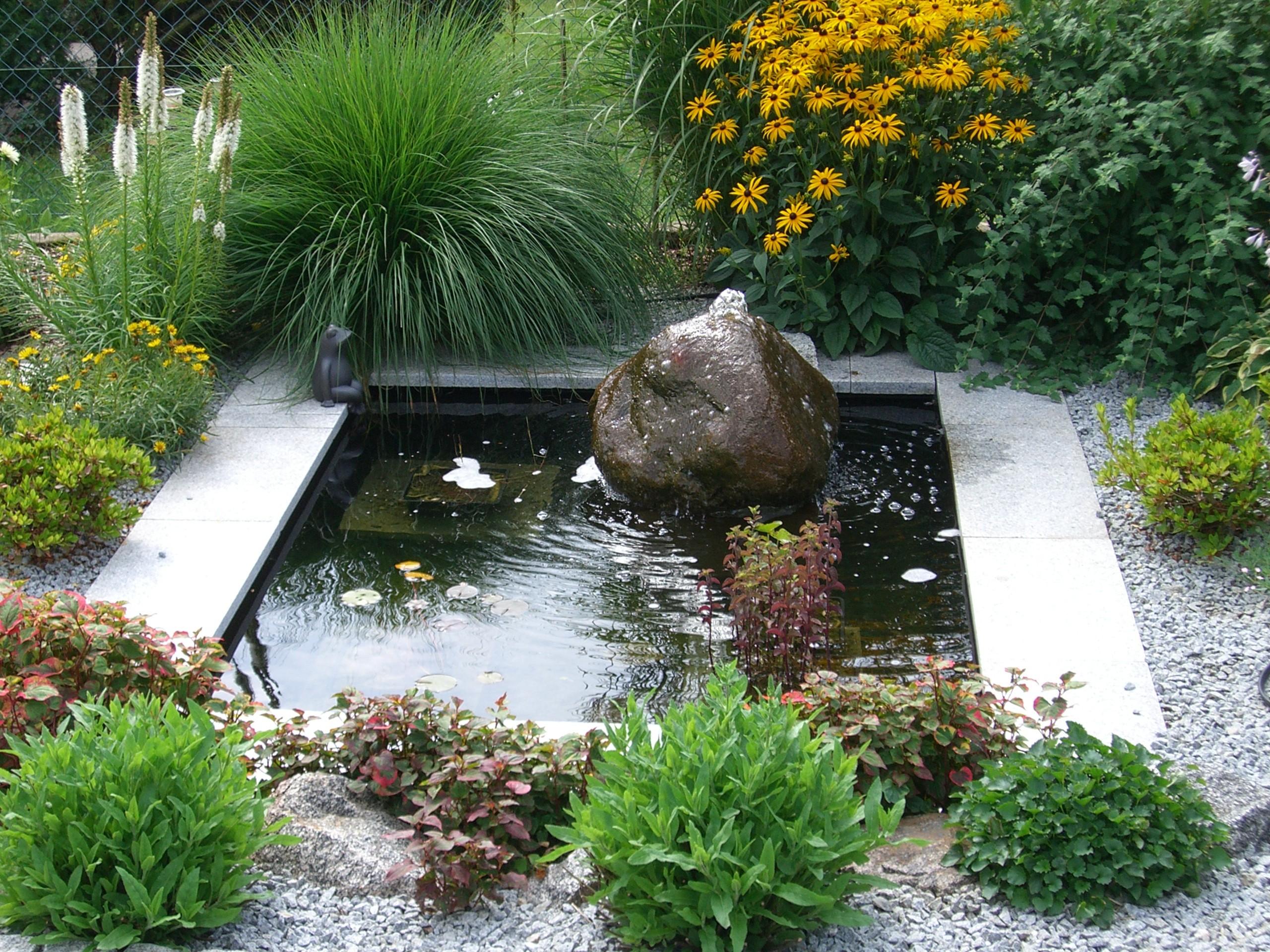 wasser im garten cremer natursteinimport aschaffenburg. Black Bedroom Furniture Sets. Home Design Ideas